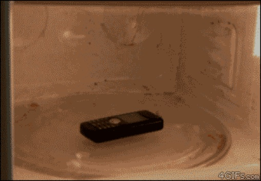 Gif-Why-you-shouldn--t-microwave-a-cell-phone
