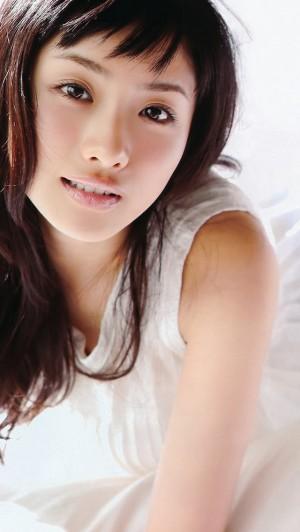 isiharasatomi_640x1136_7