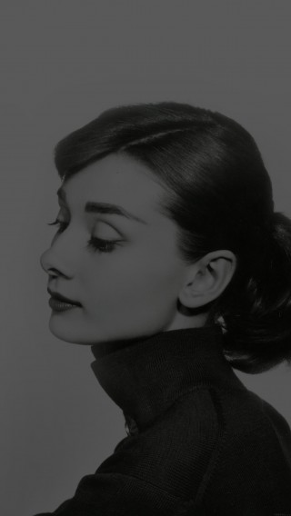 papers.co-hd45-audrey-hapburn-classic-dark-sexy-woman-34-iphone6-plus-wallpaper