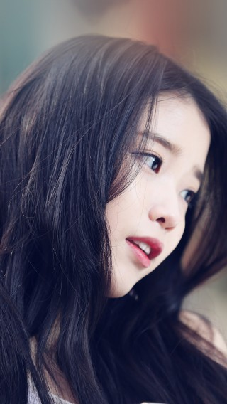 papers.co-hf77-iu-kpop-beauty-girl-singer-34-iphone6-plus-wallpaper