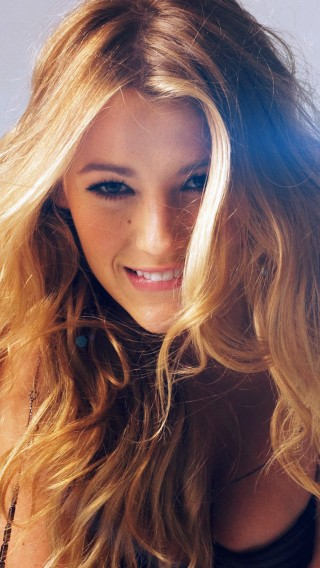 papers.co-hg01-blake-lively-sexy-photoshoot-model-34-iphone6-plus-wallpaper