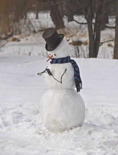 【画像】iPhone と 雪だるま
