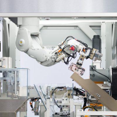 新しいiPhone解体ロボット「Daisy」の動画 – 1時間に200台も解体